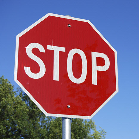 Bonnet-parade-Stop-Sign-causes-issues-for-locals